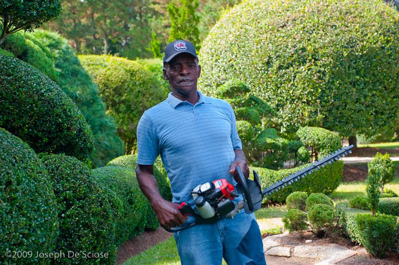 Pearl Fryar, topiary artist and gardener