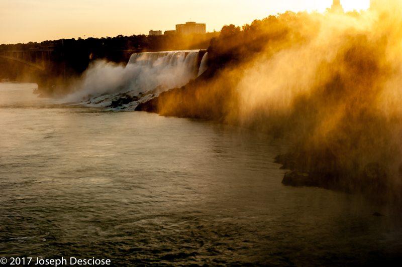 Niagara Falls, sunrise