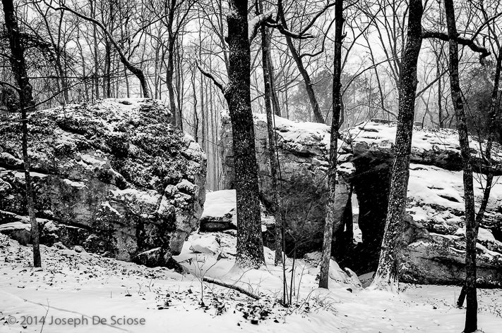 Tunnel Rock, Moss Rock Preserve in the snow